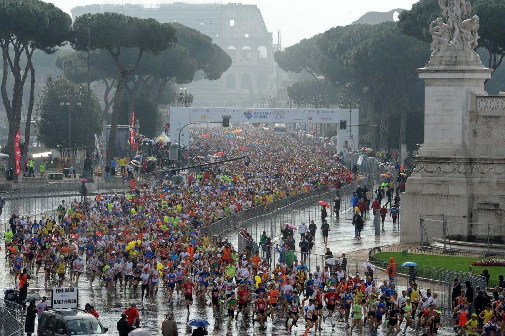 maratona di roma partenza colosseo