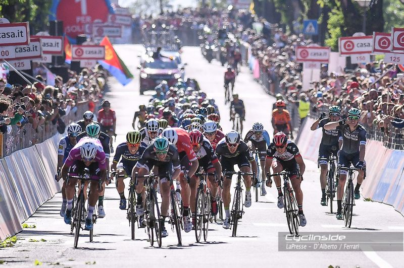 E' partito il Giro d'Italia 2018