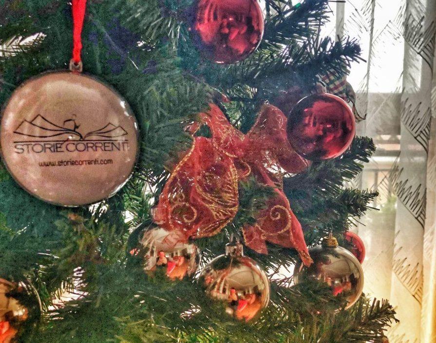 L'augurio di un Natale fatto con tutti i passi del mondo