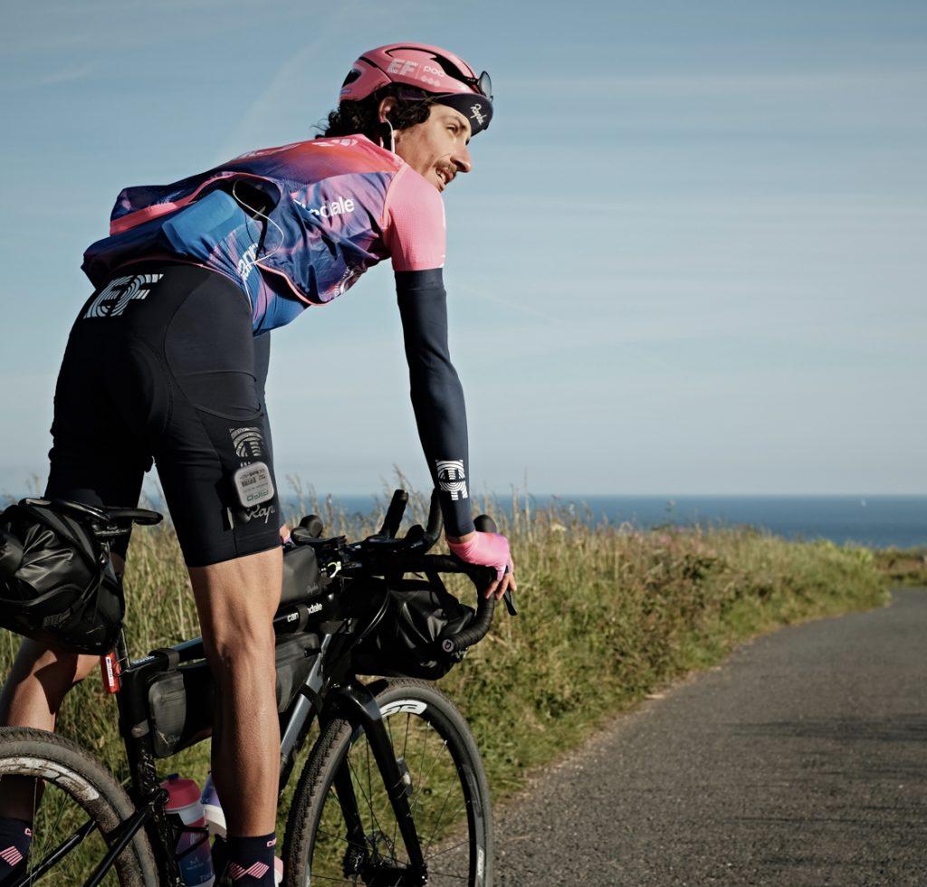 Lachlan Morton-bici